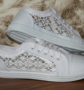 Кеды. Слипоны Adidas женские новые белые