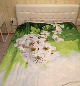 Кровать двухспальная , с матрасом