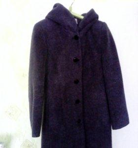Пальто демисезнное
