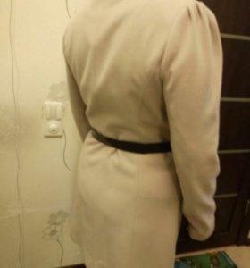 Кашемировое пальто в идеальном состоянии