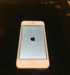 iPhone 5 - 16 гб.