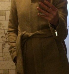 Пальто женское р.40-42 Mango