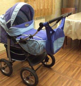 Детская коляска в хорошем состоянии.