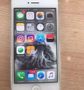 iPhone 5 16GB+стекло +наушники( оригинал)