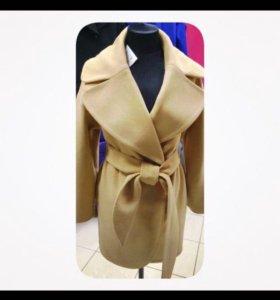 Распродаю новые женские пальто