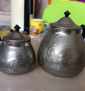 Кофейник и молочник под серебро