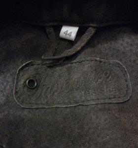 Кожаная куртка C&A