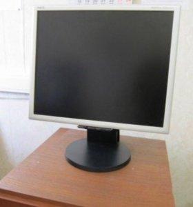 ЖК монитор на IPS в отличном состоянии