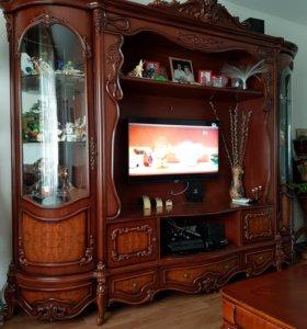Продается красивая мебель.
