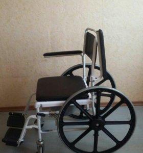 Инвалидное кресло-каляска с санитарным оснащением