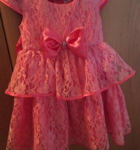 Нарядное платье 2-4 года