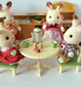 Семьи кроликов Sylvanian Families+ кухня