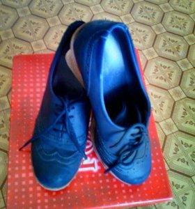 Туфли-танкетка