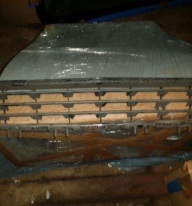 Решетка радиатора нижняя Opel Astra
