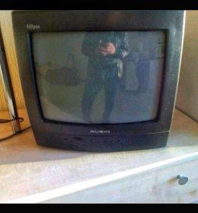Телевизор Рубин + кронштейн к нему.