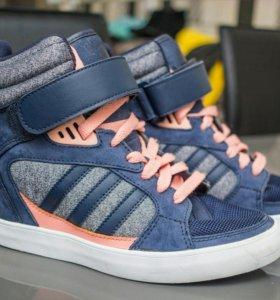 Кроссовки сникерсы Adidas