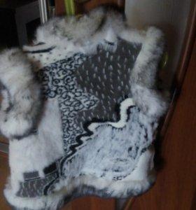 Новый жилет- шубка из натурального меха.