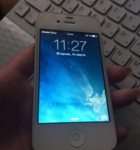 Apple iPhone 4 на 8 ГБ