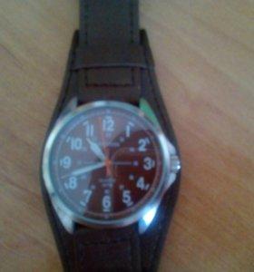 Срочно!!!Продам часы