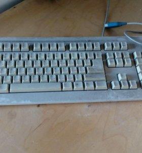 Монитор, системный блок, мышь, клавиатура.