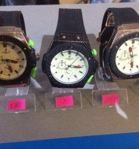Часы хублоты новые!