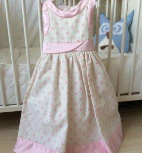 Платье  на девочку (116 см рост)
