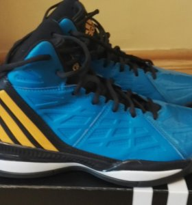 Adidas баскетбольные кроссовки