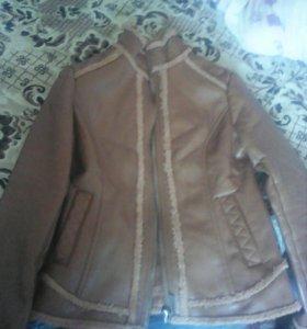 Кожаная куртка весна-осень торг.