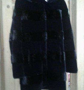 Шубка зимняя искуственый мех ,платье летучая мышь