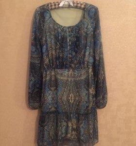 Платье новое 36-38 размер