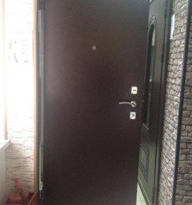 Новая входная металлическая дверь