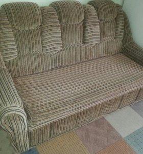 Мягкая мебель. Диван и два кресла
