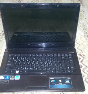 Ноутбук ASUS в отличном состоянии.