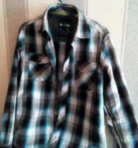 Продам рубашку на мальчика 10-11 лет. Размер: 42