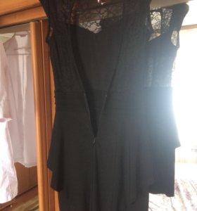 Платье с открытой спиной 42-44