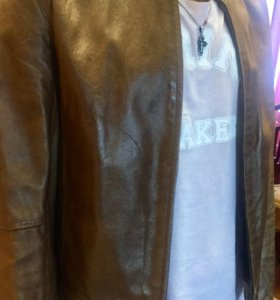 Кожаная коричневая куртка натуральная