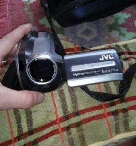 ОЧЕНЬ Срочно!! JVC-Everio. GZ-MG130E