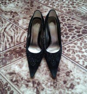 Продам туфли 36,5 р-р
