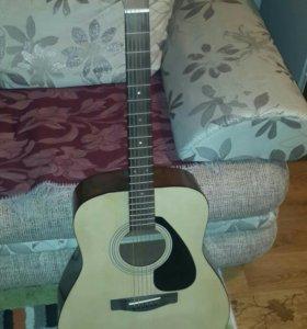 YAMAHA акустическая гитара