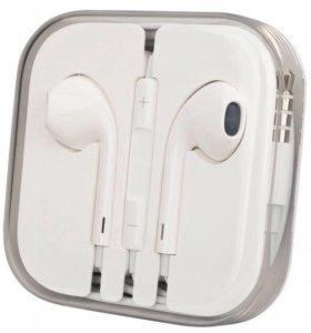 Новые наушники EarPods