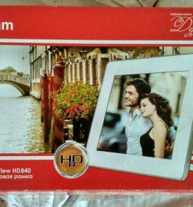Цифровая фоторамка Rekam DejaView HD 840