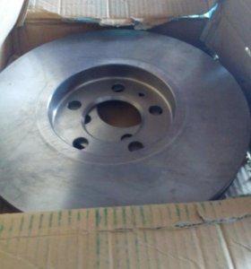 Передний тормозной диск VW