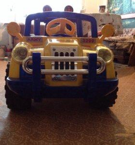 Джип-электромобиль