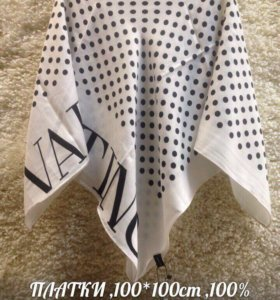Шерстяные платки Valentino