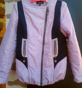 Куртка новая,осень-весна (с капюшоном )