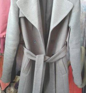 Пальто б/у Кира Пластинина