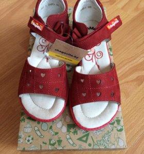 Новые сандали 27 р-р нубук