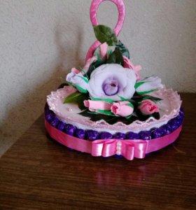 Композиции из конфет - Торт