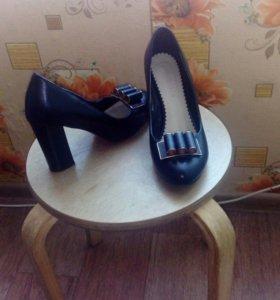 Новые туфли. 39 р