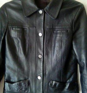 Куртка кожанная.44 р.